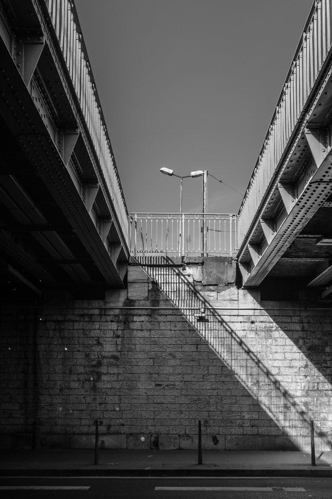 Ombres et lumières urbaines